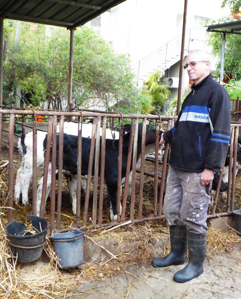ידיד כהן - כפר ביאליק נלחם כדי לשמר את עבודת האדמה